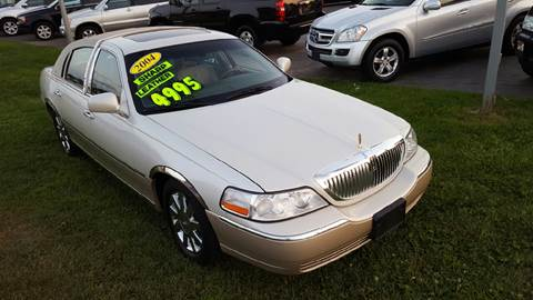 2004 Lincoln Town Car for sale in Palatine, IL
