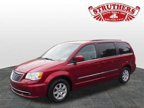 2011 Chrysler Town and Country for sale in Austintown OH