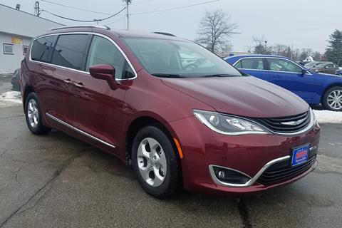 2018 Chrysler Pacifica Hybrid for sale in Newport, ME