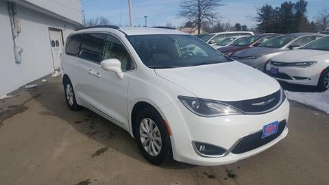 2017 Chrysler Pacifica for sale in Newport, ME