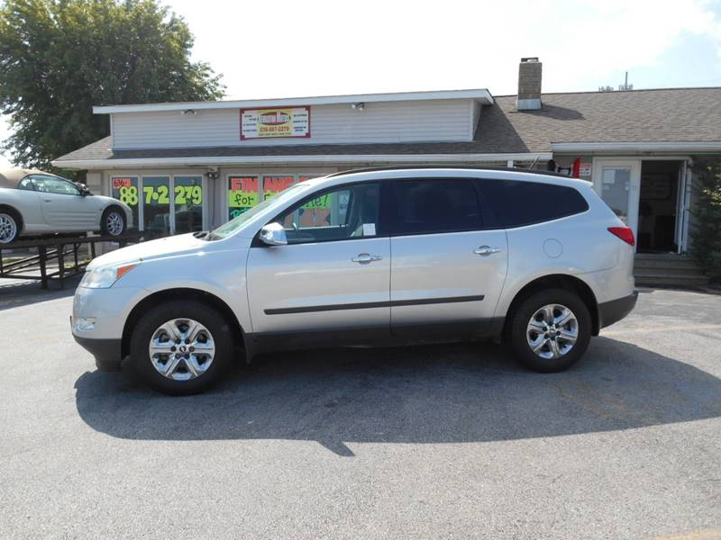 2010 Chevrolet Traverse for sale at Revolution Motors LLC in Wentzville MO