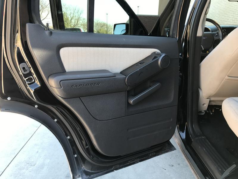 2008 Ford Explorer 4x2 XLT 4dr SUV (V6) - Murphy TX