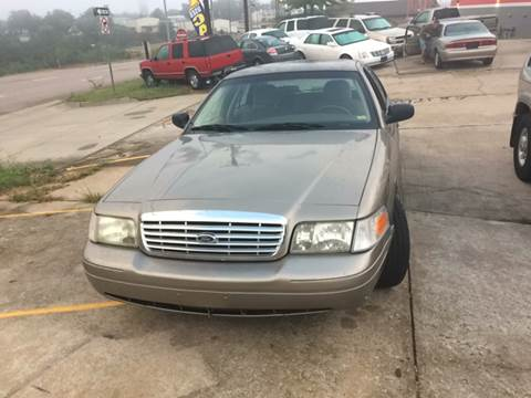 2004 Ford Crown Victoria for sale in Osage Beach, MO