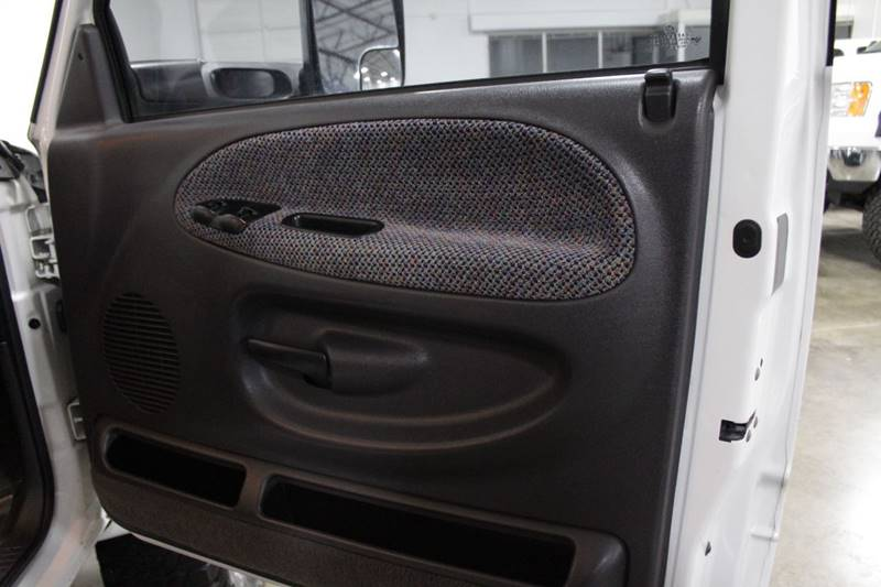 2001 Dodge Ram Pickup 2500 4dr Quad Cab SLT 4WD LB In