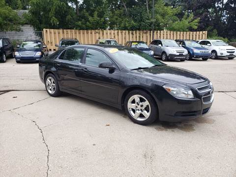2011 Chevrolet Malibu for sale in Hartford, WI