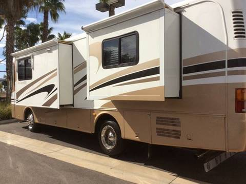 2004 Monaco Cayman M32PDB for sale at Rancho Santa Margarita RV in Rancho Santa Margarita CA