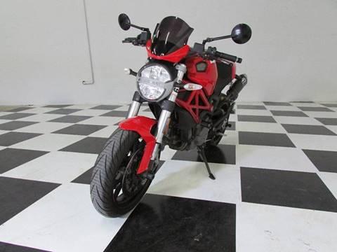 2011 Ducati MONSTER