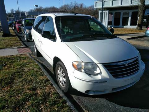 2007 Chrysler Town and Country for sale in Independence, MO