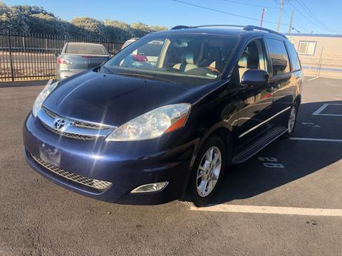 2006 Toyota Sienna for sale at Thunder Auto Sales in Sacramento CA