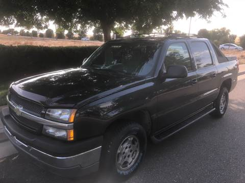 2005 Chevrolet Avalanche for sale at Thunder Auto Sales in Sacramento CA
