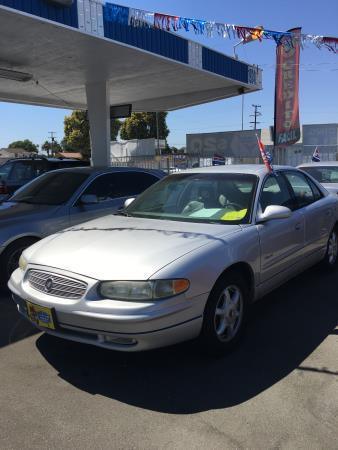 2001 Buick Regal for sale in Compton, CA