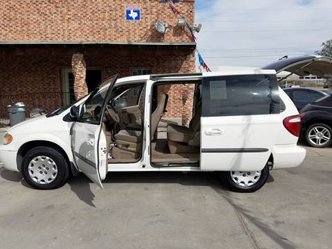 2003 Chrysler Voyager for sale at LA LOMA USED CARS in El Paso TX