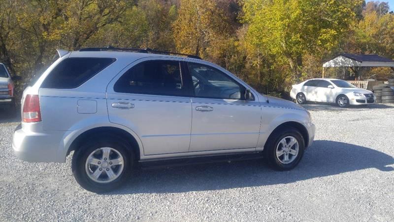 2006 Kia Sorento for sale at Magic Ride Auto Sales in Elizabethton TN