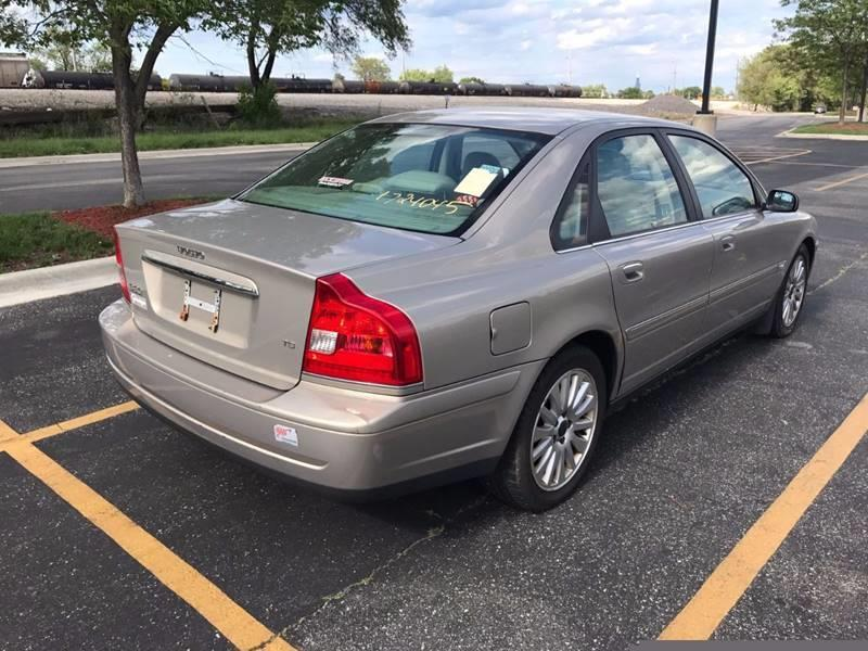 2004 Volvo S80 for sale at Used Cars for Sale in Cicero IL