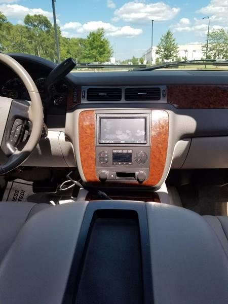 2007 Chevrolet Avalanche for sale at Used Cars for Sale in Cicero IL
