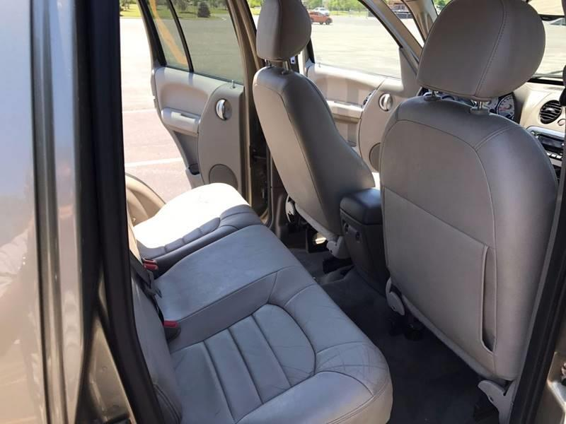 2004 Jeep Liberty for sale at Used Cars for Sale in Cicero IL