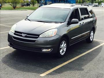 2005 Toyota Sienna for sale at Used Cars for Sale in Cicero IL