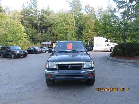 2000 Toyota Tacoma for sale at Heritage Truck and Auto Inc. in Londonderry NH