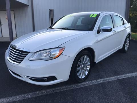 2013 Chrysler 200 for sale in Bluff City, TN