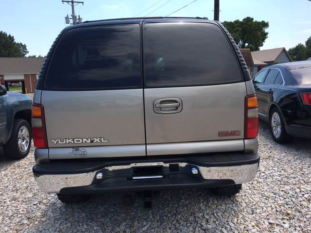2001 GMC Yukon XL for sale at Battles Storage Auto & More in Dexter MO