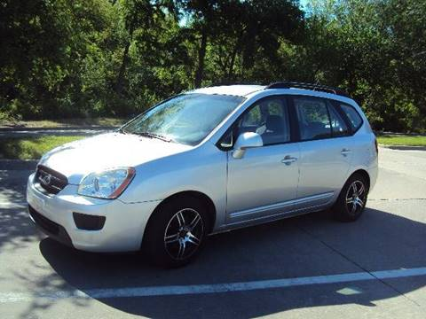 2009 Kia Rondo for sale at ACH AutoHaus in Dallas TX