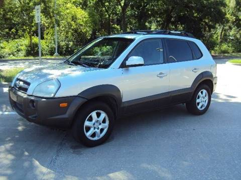 2005 Hyundai Tucson for sale at ACH AutoHaus in Dallas TX