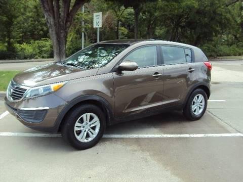 2011 Kia Sportage for sale at ACH AutoHaus in Dallas TX