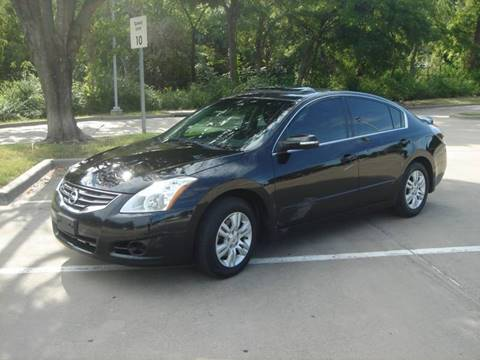2012 Nissan Altima for sale at ACH AutoHaus in Dallas TX