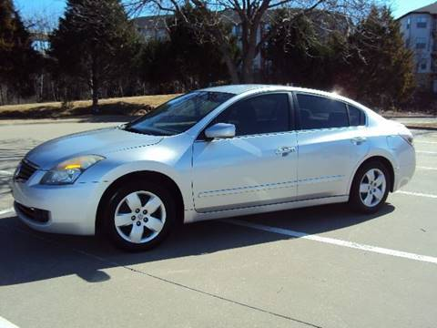 2007 Nissan Altima for sale at ACH AutoHaus in Dallas TX