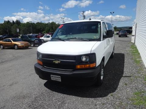 2017 Chevrolet Express Passenger for sale in Ebensburg, PA
