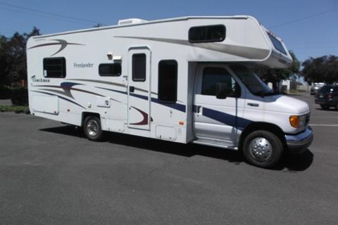 2004 Coachmen freelander