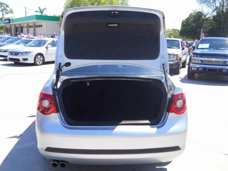 2005 Volkswagen Jetta New 2.5 4dr Sedan - West Palm Beach FL