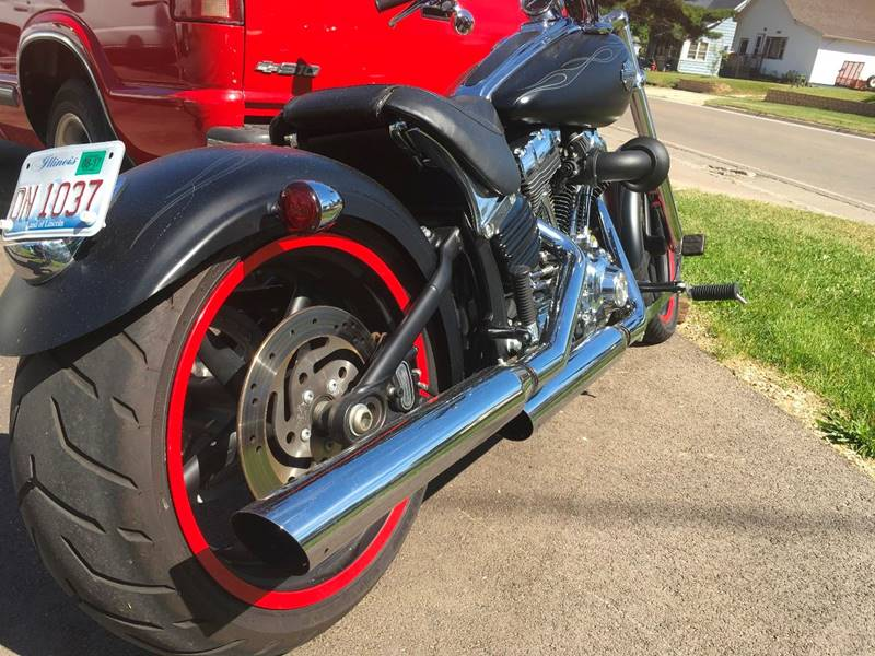 2010 HARLEY DAVIDSON ROCKER C for sale at Midwest Motors of Savanna in Savanna IL