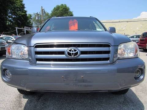 2006 Toyota Highlander for sale at CarNation AUTOBUYERS, Inc. in Rockville Centre NY