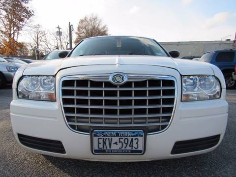 2008 Chrysler 300 for sale at CarNation AUTOBUYERS, Inc. in Rockville Centre NY