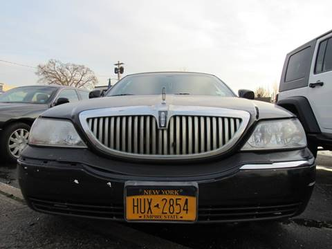 2007 Lincoln Town Car for sale at CarNation AUTOBUYERS, Inc. in Rockville Centre NY