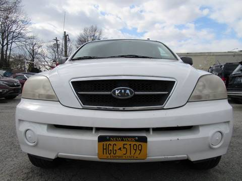 2004 Kia Sorento for sale at CarNation AUTOBUYERS, Inc. in Rockville Centre NY