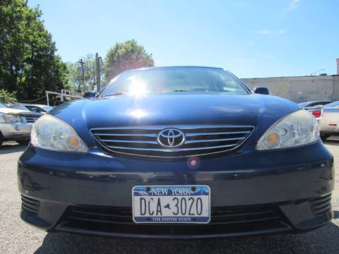 2005 Toyota Camry for sale at CarNation AUTOBUYERS, Inc. in Rockville Centre NY