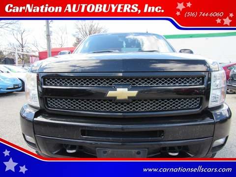 2009 Chevrolet Silverado 1500 for sale at CarNation AUTOBUYERS, Inc. in Rockville Centre NY