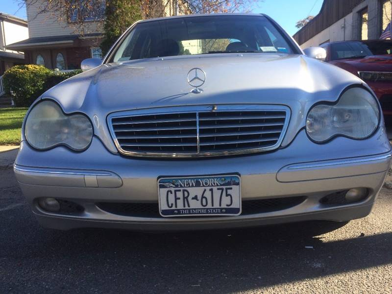 2004 Mercedes Benz C Class C240 4matic Awd 4dr Sedan In