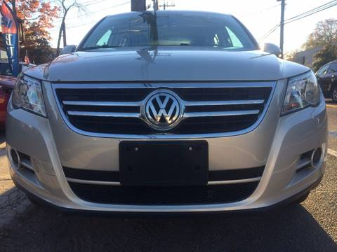 2010 Volkswagen Tiguan for sale at CarNation AUTOBUYERS, Inc. in Rockville Centre NY