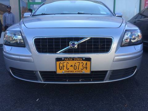 2005 Volvo S40 for sale at CarNation AUTOBUYERS, Inc. in Rockville Centre NY