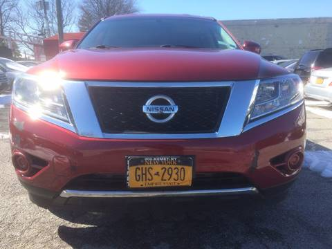 2013 Nissan Pathfinder for sale at CarNation AUTOBUYERS, Inc. in Rockville Centre NY