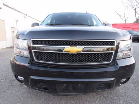 2014 Chevrolet Suburban for sale at CarNation AUTOBUYERS, Inc. in Rockville Centre NY