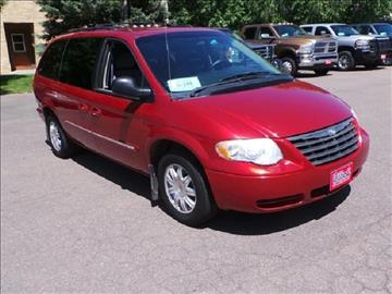 2007 Chrysler Town and Country for sale in Chamberlain, SD