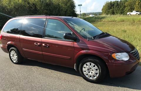 2007 Chrysler Town and Country for sale at Locomotors Auto Sales in North Little Rock AR