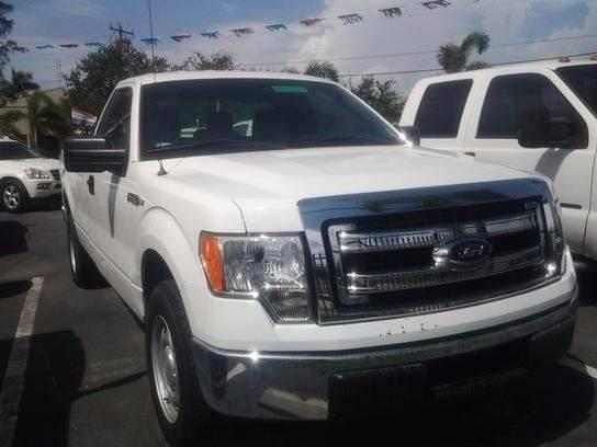 2014 Ford F-150 4x2 XL 2dr Regular Cab Styleside 8 ft. LB - Medley FL