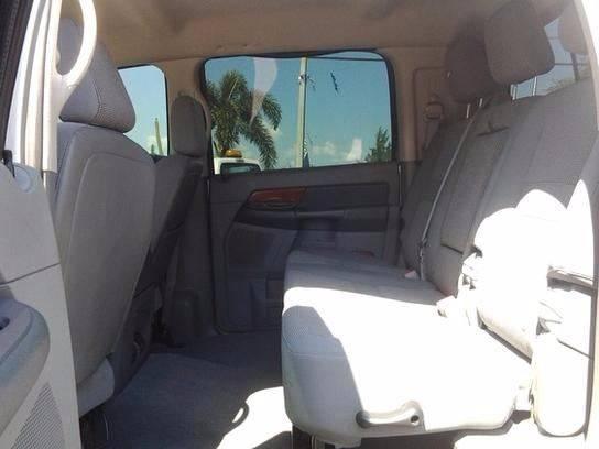 2006 Dodge Ram Pickup 2500 SLT 4dr Mega Cab 4WD SB - Medley FL