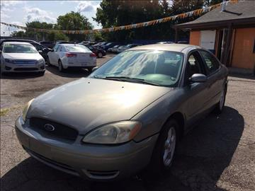 2004 Ford Taurus for sale in Detroit, MI