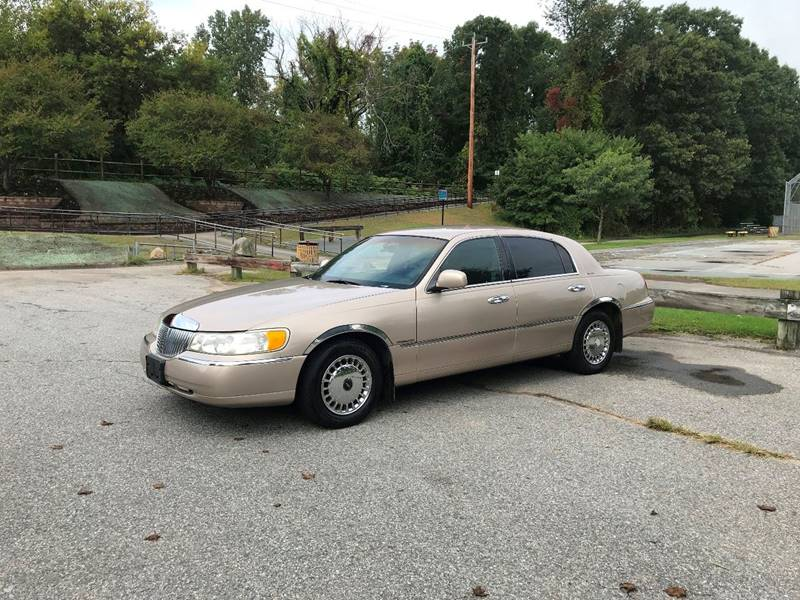 1998 Lincoln Town Car Signature In West Warwick Ri East Coast